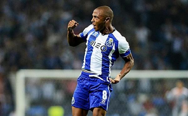 Yacine Brahimi, milieu du terrain à FC Porto