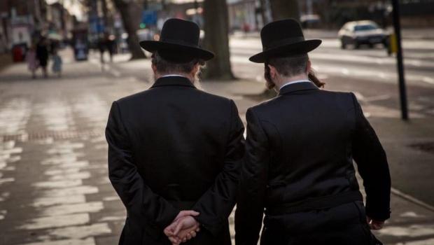 Des juifs Ultra-Orthodoxes interdisent les femmes de conduire